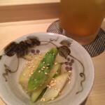 Shigeru - 突き出しのアスパラ煮浸し