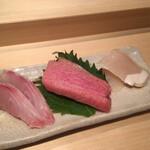 Shigeru - イサキ、大トロ、平貝