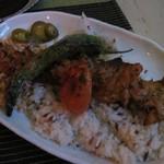トルコ料理 ドルジャマフセン - 鶏肉のケバブ