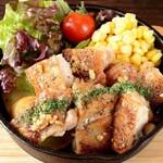 チキンのガーリックバターステーキ (250g)