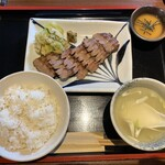 牛たん焼き 仙台辺見 - 極上厚切りたん焼き定食