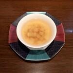 132399228 - 大根と干し海老のスープ