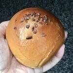 ベーカリー プラート - 料理写真:コーヒーあんぱん216円