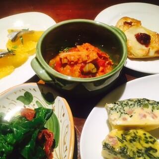 ピノサリーチェ - 小皿前菜5種(お二人様分)