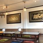 タイ料理ハウス ピサヌローク - 内観