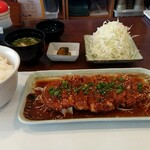 岐阜とんかつや - 料理写真:みそだくとんかつ定食  (ご飯大盛)