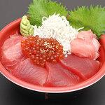 ぎょ魚蔵部 - 三色丼