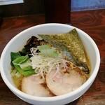 麺の房 たけ田 - 料理写真:二等辺三角形の海苔、ハートじゃねーの(;´д`)