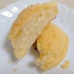ベーカリーフェーブ - バターの香りが豊か