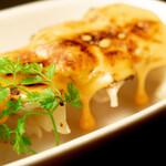 ◆炙りチェダーチーズ焼餃子