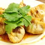 ◆パクチーとスイートチリ揚餃子
