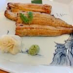 赤坂 ふきぬき - 白焼き(梅) 2600円 量は多いけれどね