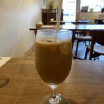 シャトン - 食後のアイスコーヒー