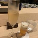 はらまさ - シャンパンとビール
