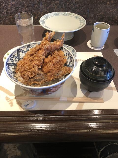 天ぷら新宿つな八 オペラシティ店の料理の写真