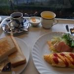 欅 - ホテルの朝食