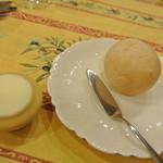 13250016 - 自家製パン