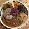 スパイスカレー モクロミ - 料理写真:美しい3種盛のプレート