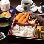 いとや旅館 - 料理写真:松花堂弁当(ランチ)