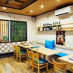 ひもの屋 Cafe&Bar - テーブル席