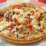 ペンナロッソ - 特製タルトピザ