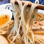 Tombo - 麺リフト