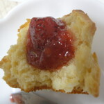Maison romi-unie - 料理写真:ジャムをのせたところ
