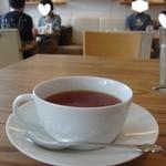 ブラッスリー ル トレフル キャトル - 紅茶(ウーフ)