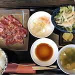 仙台焼肉 楽亭 - 牛ハラミ定食
