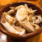 上海ブラッセリー - 豚耳とねぎのピリ辛和え 400円
