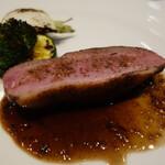 モワルーズ - ブルターニュ 鴨胸肉の炭火焼
