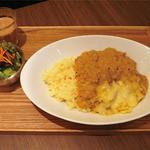 two of us - ココナッツミルクカレー(M)セット(¥800)&チーズ(¥70)