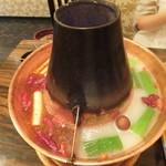 火鍋 久香 - 白湯と麻辣スープ