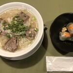 132579612 - 牛肉のフォー+生春巻きのセット(890円)はお得!
