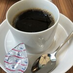 132580818 - コーヒー(500円)は普通かな。。。場所代ですかね。