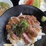 神楽亭 - 和牛ステーキ丼 1,280円+税