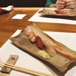 蕎麦割烹  倉田 - 炙り握り3貫