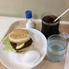 コーヒータイム - 料理写真:白身魚フライバーガー260円、アイスコーヒー250円、サービスのゆで卵