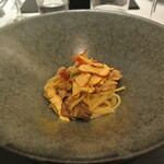 リストランテ カノフィーロ - イタリア産オーヴォリ茸とはかた地鶏のアーリオオーリオ スパゲッティ