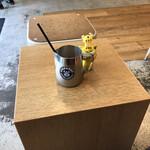 ストリーマー コーヒーカンパニー - SAVVY風に、少し引いて、撮ってみた