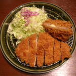 とんかつ 和幸 多摩境店 - さざんか(ロースカツとチーズメンチカツ)