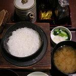 とんかつ 和幸 多摩境店 - さざんか(ご飯と味噌汁)