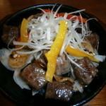 串花 - お肉がホンマもんでした。いい焼き加減