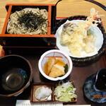 そば処やわらぎ - 料理写真:天ざる蕎麦