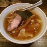 荏原町 しなてつ - 料理写真:ワンタンメン