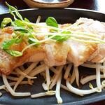 ginsharitokyuushuuumaimonnomisekuroan - 桜島鶏のステーキ