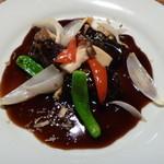 中国料理酒家 中 - 鎮江黒酢の酢豚