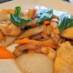 紅虎餃子房 - 鶏肉の野菜醤油炒め(日替りランチ)