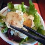 ベーズ・カフェ - 豆腐のサラダ