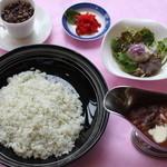喫茶室 桜cafe - 料理写真:一番のおすすめ!阿蘇赤牛のハヤシライスセット